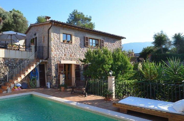 Bonita casa de piedra con piscina en las afueras de s ller - Casas de pueblo reformadas ...