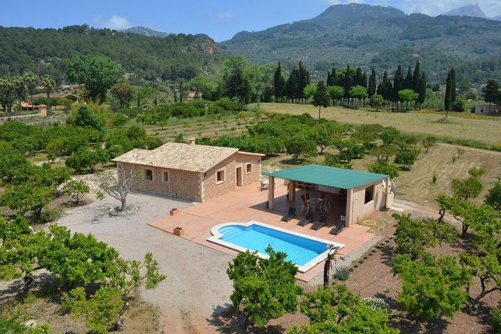 Preciosa y c moda casita de campo con piscina etv2730 - Piscinas en el campo ...